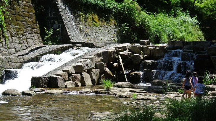 赤目四十八滝キャンプ場は安くて川遊びに最適!